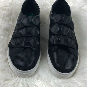 Rebecca Minkoff Becky Sneakers Size 7.5